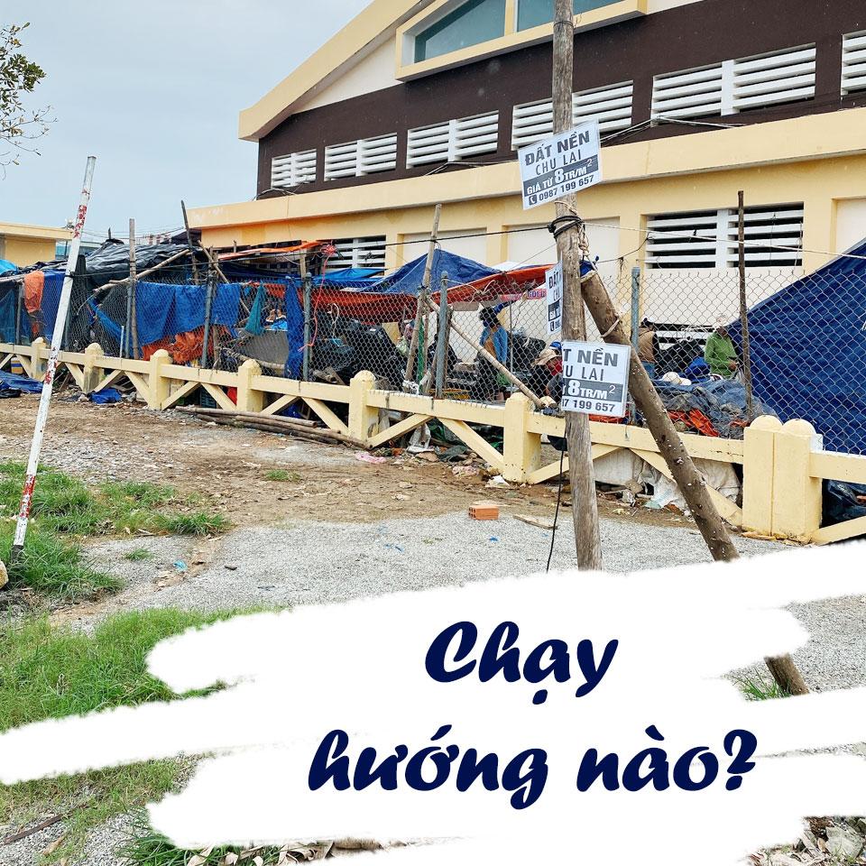 khach-oi-chay-huong-nao